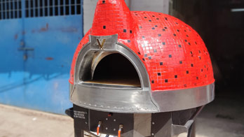 Woodfired with gas Pizza oven